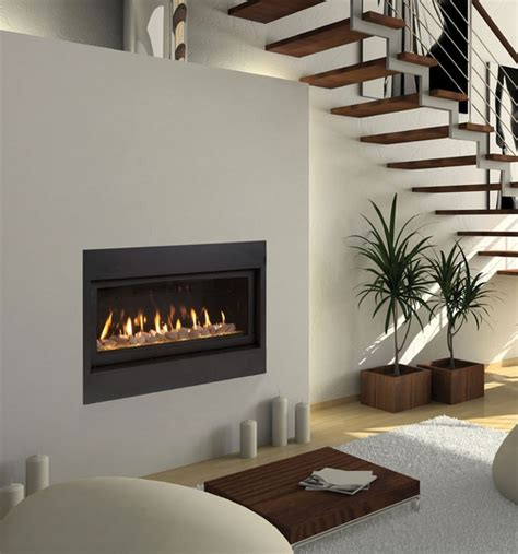 majestic 42 quot echelon wide view direct vent gas fireplace