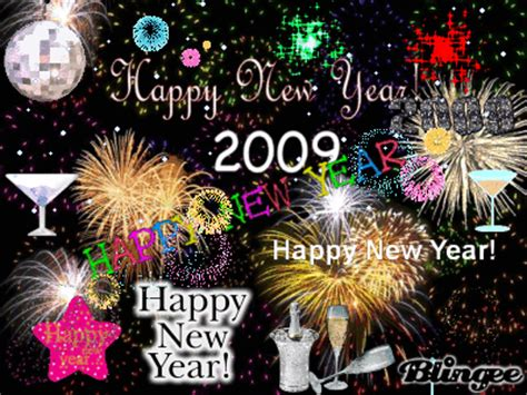 happy new year to all my family and friends happy new year to all my friends and family picture