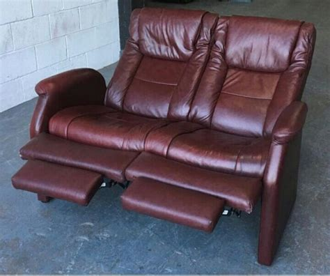 used red leather sofa ekorness stressless cherry red recliner leather sofa we
