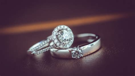 Wedding Rings Pair by How To Pair Engagement Rings With Wedding Bands