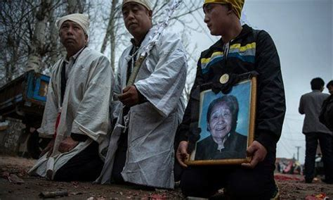comfort women compensation japan struggles to deal with legacy of comfort women