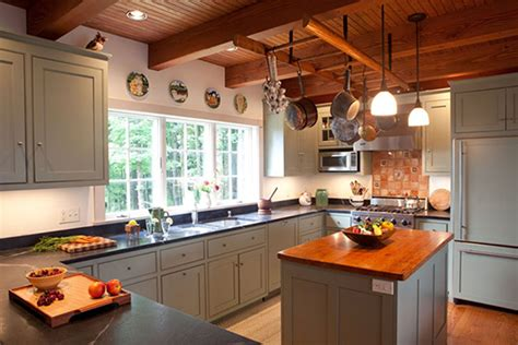 stock kitchen cabinets how to choose stock cabinets for your kitchen kitchen