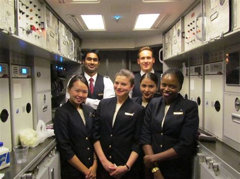 cabin crew direct friendly cabin crew and me picture of qatar airways