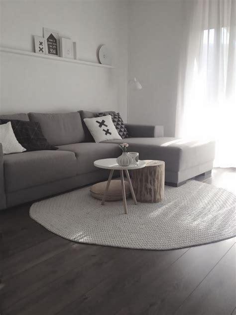 tappeti pelo corto tappeto grigio pelo corto tappeto grigio e bianco idee
