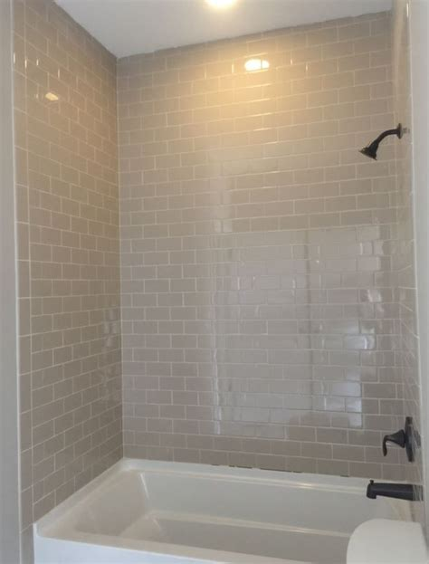 is daltile esta villa wall tile glossy rittenhouse 3x6 putty gloss wall tile to ceiling
