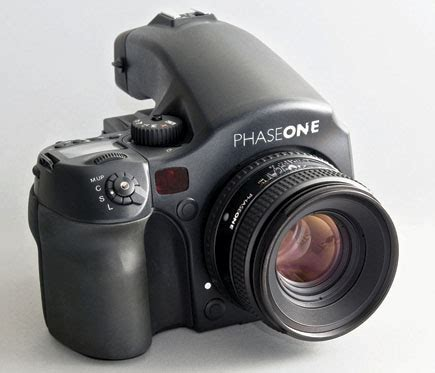 phase one phase one s 645 af with p 65 digital back the megapixel