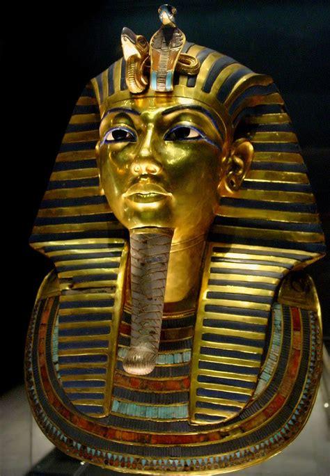 biography king tut travelencyclopedia top 10 man made wonders or landmarks