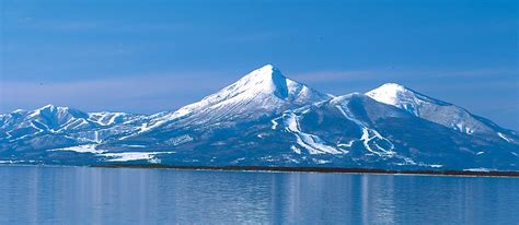 jp benefits 8 active volcanoes in japan what are their benefits