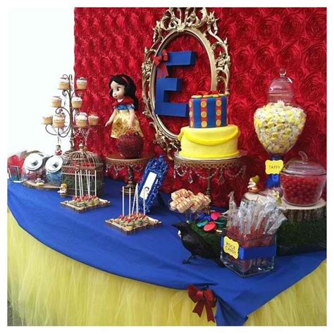 Snow White Decorations by Snow White Table Ideas