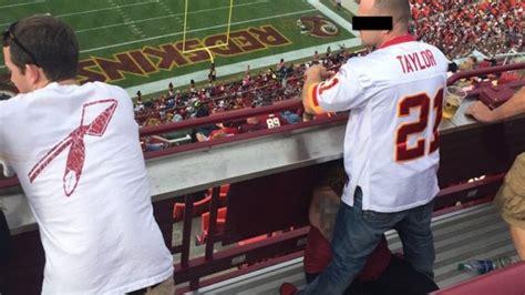 test pompini scandalo nella nfl sesso in pubblico allo stadio