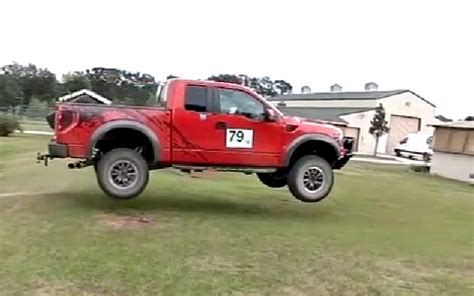 ford raptor jump hump day jump ford raptor leaps in motion ford