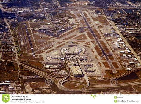 imagenes del aeropuerto miami aeropuerto internacional de miami imagen de archivo