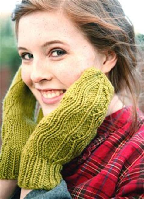 ravelry magic loop mitts pattern by julia swart free 2 needle sock patterns 1000 free patterns