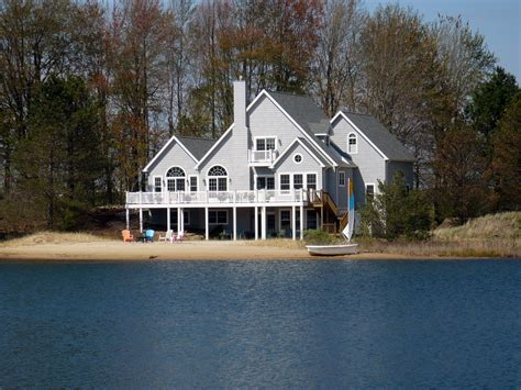 lakefront house for sale near south mi