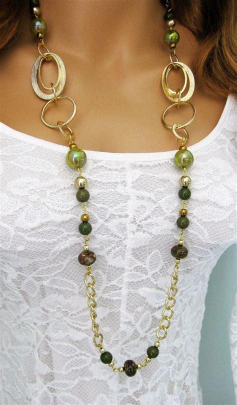 cadena oro verde largo verde y collar de perlas oro verde collar de perlas