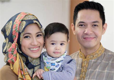 film islami dude harlino sudah punya anak dude harlino alyssa tak bisa lagi nonton
