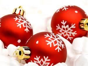 Red christmas decorations christmas wallpaper 22228016 fanpop