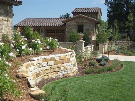 muro contenimento giardino muri di sostegno cemento e mattoni tipologie di muri