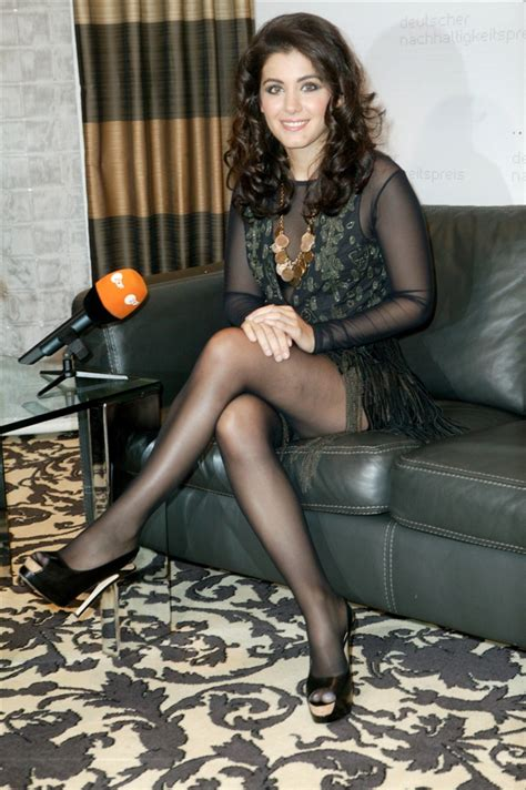 aunt carolines girdle bigcloset topshelf isn t she beautifully sexy with her legs crossed black