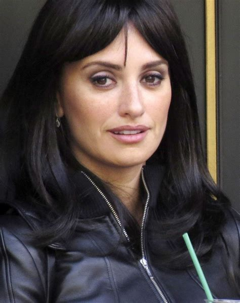 How To Wear Makeup Like Penelope Cruz 7 Steps Wikihow | eye makeup for heavy lidded eyes penelope cruz s purple