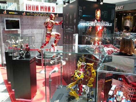 hot toys iron man singapore event