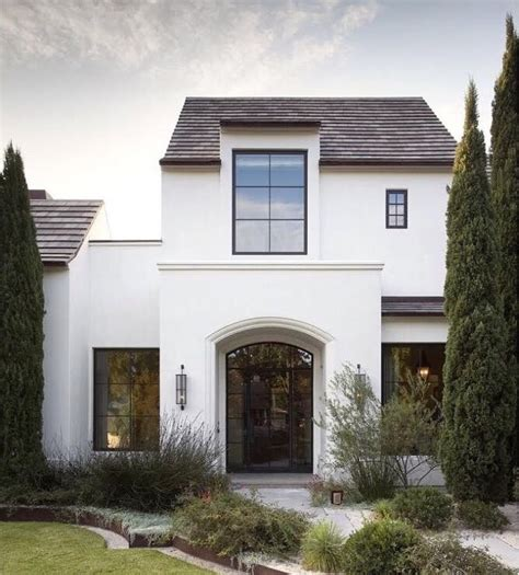 and stucco house best 25 stucco exterior ideas on white stucco