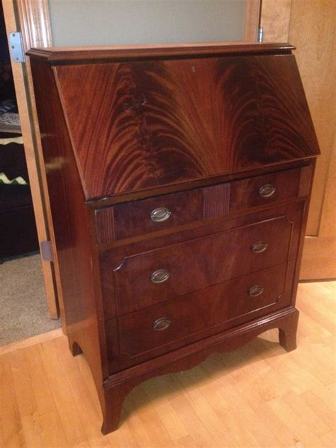 Used Furniture Rockford Il by Rockford Desk Company Give Winthrop Style How Is This