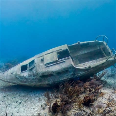 sunken boat sunken boat in freeport grand bahama timmonsville sc