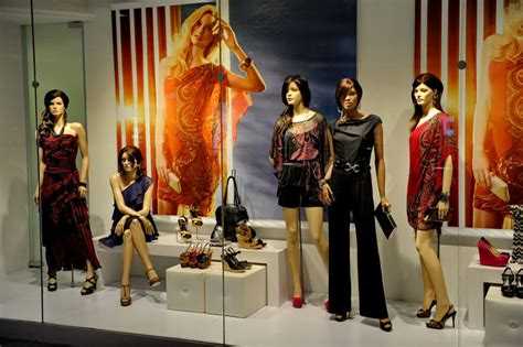 Remix Design Group Home Store by Le Chateau Window With Almost Living Mannequins 187 Retail