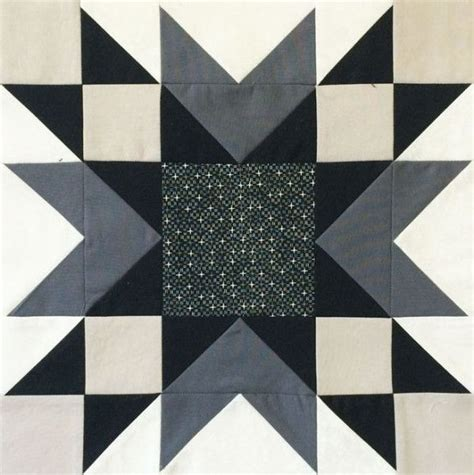 black and white hst quilt pattern the bee hive double star bees layouts and star
