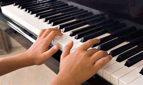 keyboard instrument tutorial 30 minute piano lessons little black notes llc groupon