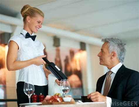 taurant server hair styles pics for gt waitress serving drinks