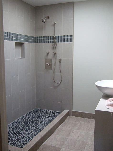 feinsteinzeug badezimmer fliesen feinsteinzeug im bad gewinnt immer mehr an popularit 228 t
