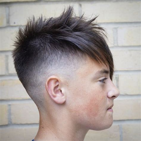 Hairstyle In Back In Front Slant by Crafting Skotos Forums