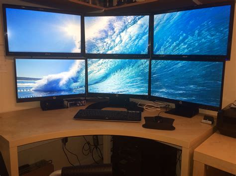 Multi Monitor cool computer setups and gaming setups