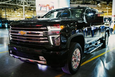 chevrolet silverado 3500hd 2020 chevrolet silverado heavy duty made for heavy equipment
