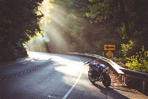 highway motorcycle sun rays bmw ninet wallpapers hd