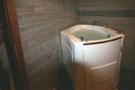 sitzwanne mit dusche beautiful sitzbadewanne mit dusche contemporary