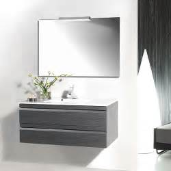 vasque salle de bain avec prise porcelaine carrelage