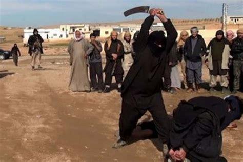 imagenes fuertes estado islamico el estado isl 225 mico decapit 243 a mujeres acusadas de brujer 237 a