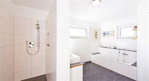 3 helle badezimmer befestigung 1000 ideen zu bauhaus fliesen auf doppel
