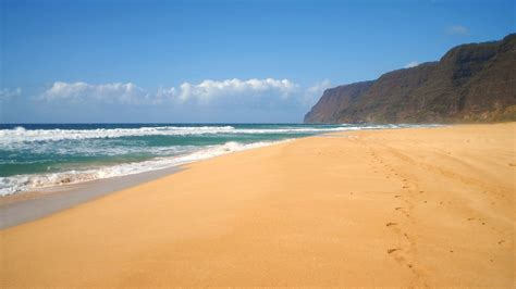sand beaches with mountains in background polihale state pa flickr