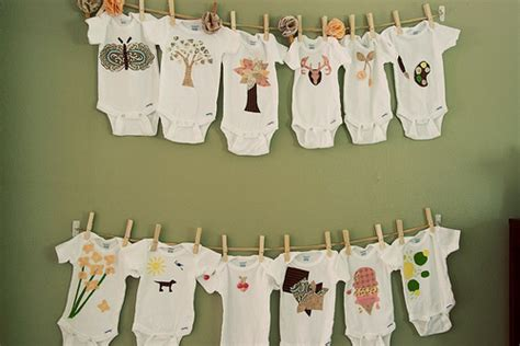 Onesie Decorating Ideas by Decorating Onesies For Baby Shower Myideasbedroom