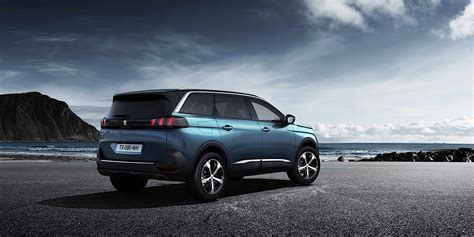 the new peugeot peugeot unveils all new 5008 it s a seven seat crossover
