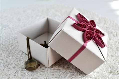 Paper Gift Boxes - ka茵莖tla k 252 231 252 k 蝓eyler new gift boxes up on etsy