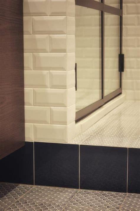 made a mano piastrelle pavimento con piastrelle 15x15 in cotto smaltate a mano di