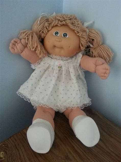 pics of cabbage patch dolls hairstyles 25 b 228 sta cabbage patch id 233 erna p 229 pinterest