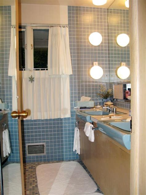 Color For A Small Bathroom - terrific bathroom tile ideas from 12 reader bathrooms retro renovation