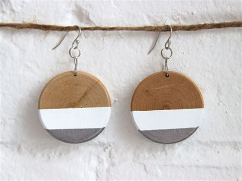 how to make wooden jewelry jewelry tips ideas diy