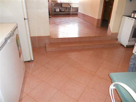 pavimentazione cucina progetti completati in kenya nel 2013 rivestimento in